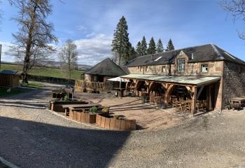 Lodge at Lochside - Lodge at Lochside & Wee Bear Cafe