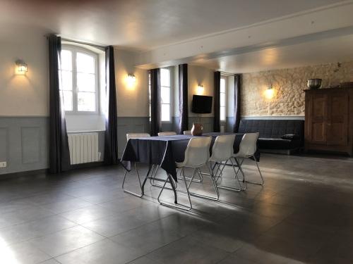 Studio-COQUELICOT-Salle de bain-Vue sur Jardin - Tarif de base