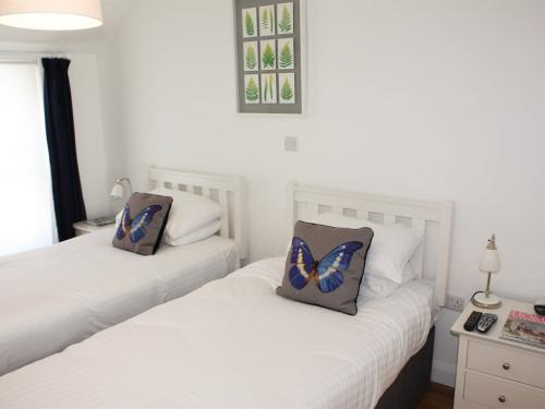 Twin-Ensuite - twin bed - room only