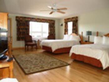 Triple room-Ensuite-Standard-Suite # 8