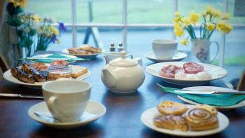 The Barn Guest House & Tea Rooms - Breakfast