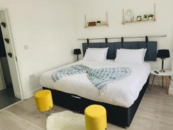 Cosy 2 bedroom apartment in Birmingham  -