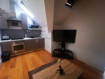 Apartment-Private Bathroom-Limesquare - One Bedroom