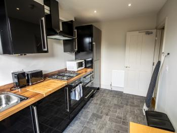 Shared kitchen between 15 and 16