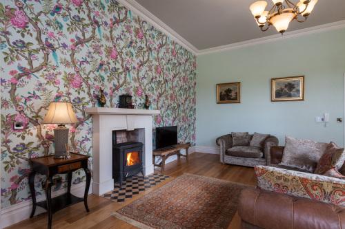 Butler Suite - One Bedroom Apartment