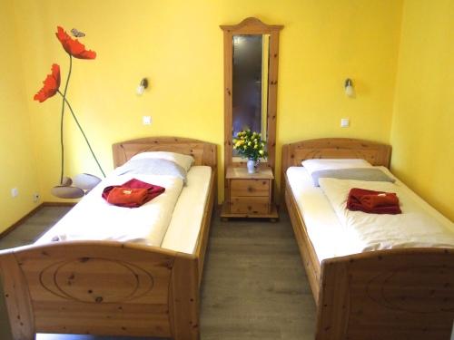Doppelzimmer-Economy-Eigenes Badezimmer-Blick auf die Landschaft