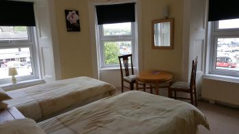 Twin room-Ensuite-Harbour View - Base Rate