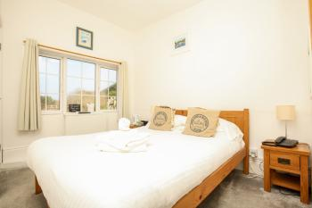 Double room-Budget-Ensuite-Sea View-Room 9 Small - Base Rate