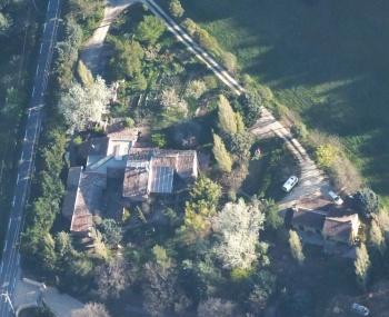 Vue aérienne Poterie de Pierroux Gites et Atelier de céramique