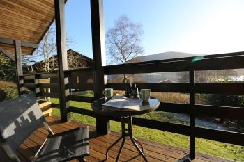 Cosy Modern Nordic Lodge w/ Loch View & Log Burner -