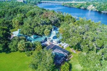 Riverbend Retreat - Welcome to the riverfront Riverbend Retreat - Fla. in sunny Riverview, FL!