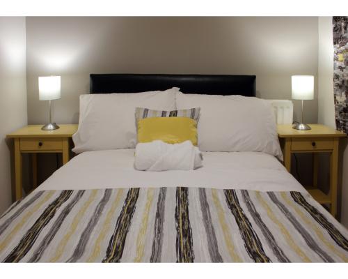 Suite-Apartment-Private Bathroom-Cunningham Suite - Base Rate