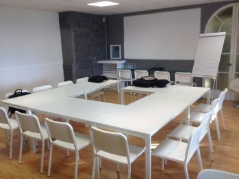 salle de seminaire 25 pers en U max 45 pers theatre
