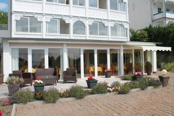 Wintergarten als Frühstücksbereich Villa Elisabeth