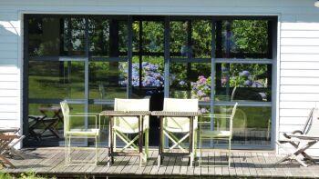 Terrasse de la salle à manger / salon