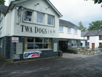 Twa Dogs Inn -