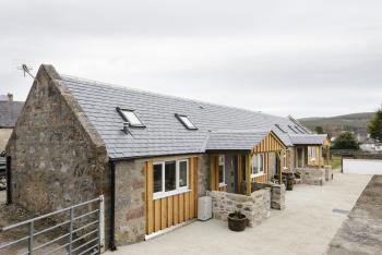 The Milking Sheds, Dufftown - The Milking Sheds, two 1 bedroom semi-detached cottages