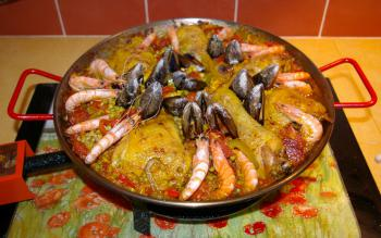 A la table d'hôtes : paella