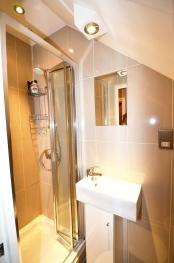 Double Studio Bathroom