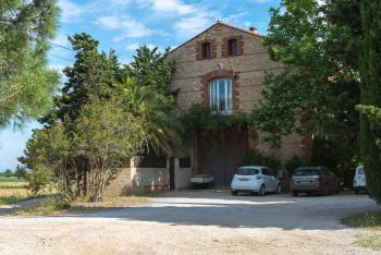 arrivée au Mas Bazan entre Perpignan et Collioure