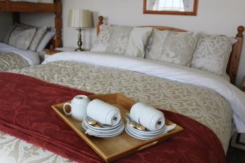 Family room-Ensuite-Large-sleeps 4