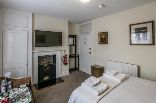 Double room-Ensuite with Shower--Regular