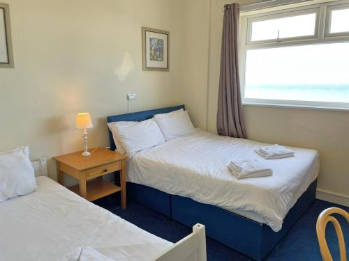 Triple room-Ensuite with Shower-Sea View - Base Rate Room Only