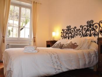 Gîte***** Sud Alsace  chambre 1 lit double extra large
