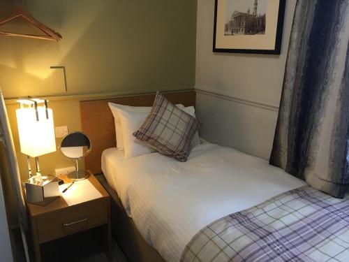 Single Room-Comfort-Ensuite