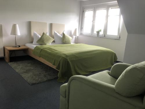 Apartment-Budget-Ensuite Dusche-Bergblick-Forsthaus 16