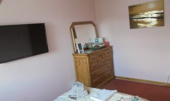 Double room-Shared Bathroom-Garden View-Gold Room - Base Rate