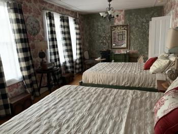 Double Room-Family-Private Bathroom- Garden View- Room 10