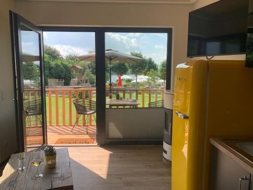 Lodge-Komfort-Eigenes Badezimmer-Veranda-Modulhaus - unser Preis für 1 Nacht oF