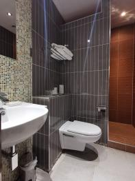 King-Classic-Ensuite - Base Rate