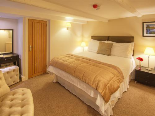 Room 4 - BASIC (Room Only)
