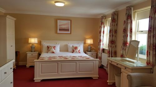 Superior-Double room-Jacuzzi-Sea View - Base Rate