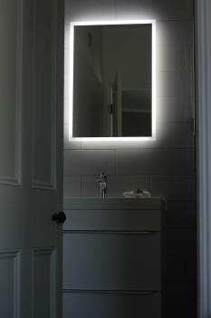 Illumated bathroom mirrors
