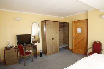 Einzelzimmer-Standard-Eigenes Badezimmer-Blick auf den Hof - Standardpreis