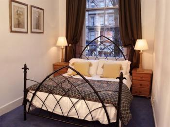 queen size bed example