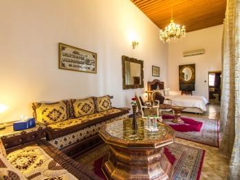 Suite-de Luxe-Salle de bain-Vue sur Piscine