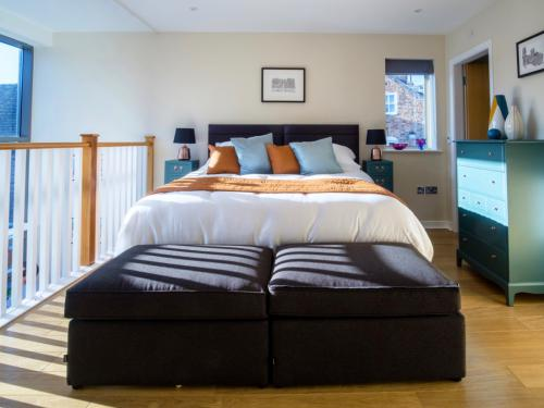 Upstairs Bedroom with stunning views of the York skyline
