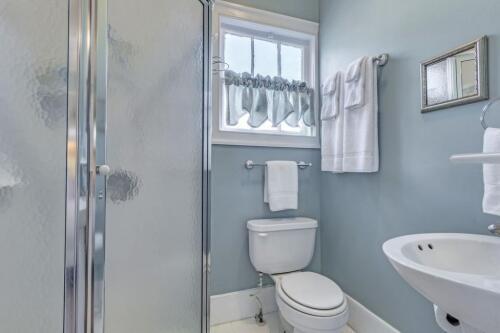 Cotton Cottage Room - Bathroom