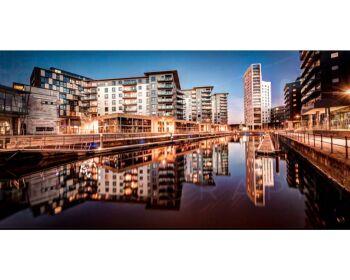 Modern Leeds City Apartment -
