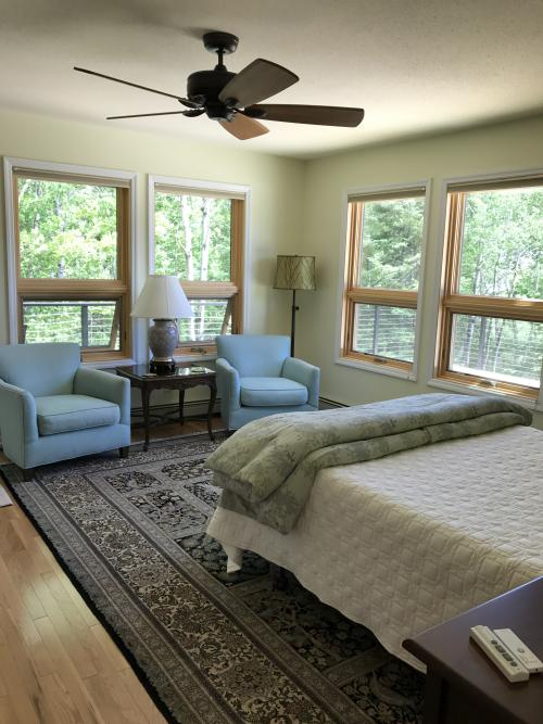Single room-Ensuite with Jet bath-Queen-Woodland view-Hemlock - Base Rate