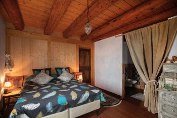 Chambre avec lit grand confort grande largeur