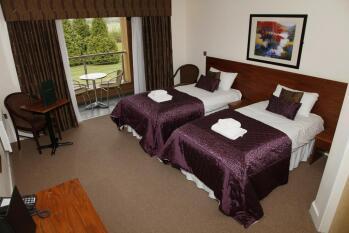 Triple room-Comfort-Ensuite-Garden View-Family Triple