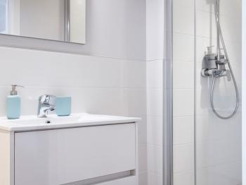salle de douche neuve