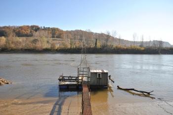 Carrelets sur les bords de Garonne