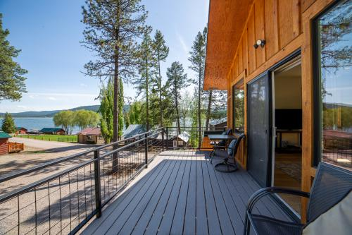 Treehouse- Premium- Loft- Private Bathroom- Lake View