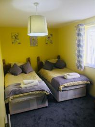 TWIN BEDROOM OR CAN BE A SUPER KINGSIZE
